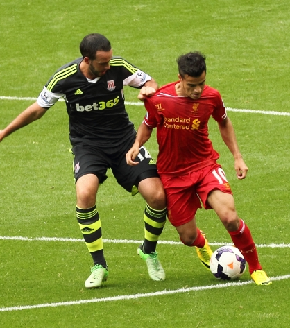 Marc_Wilson_and_Coutinho_(cropped).jpg